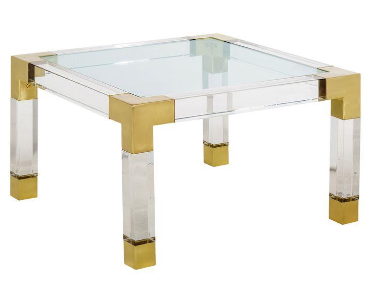 Die Transparenten Acrylglas Möbel Von Jonathan Adler Wirken Trotz Ihrer  Größe Federleicht Und Luftig.