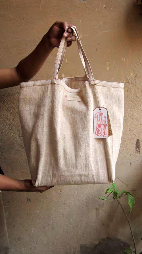 Pickle Emma, Chiaroscuro, India, Pure Leather, Handbag, Bag, Workshop Made, Leather, Bags, Handmade, Artisanal, Leather Work, Leather Workshop, Fashion, Women's Fashion, Women's Accessories, Accessories, Handcrafted, Made In India, Chiaroscuro Bags - 13