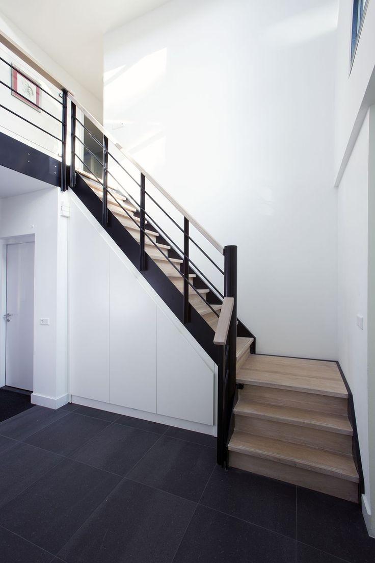 Dexter Interieur | Maatwerk interieur villa. Vakmanschap met de ingrediënten 'hout, hart en ziel'. | OBLY.com inspiratieplatform & blogazine luxe wonen.