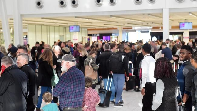 Security fears at Australian airports lead to delays - NEWS.com.au