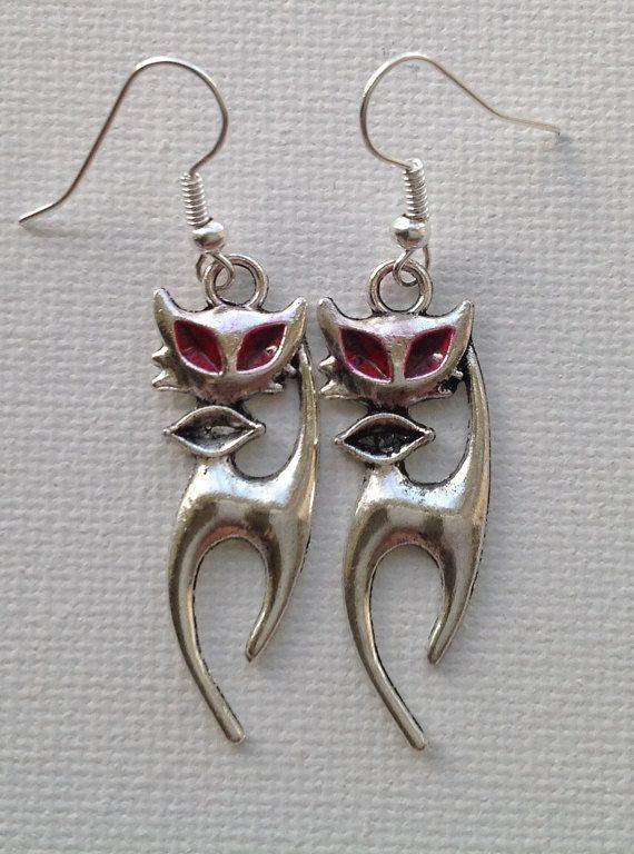 Evil Eyed Cat Earrings by Mogglepops on Etsy, €5.99
