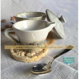 piccola lattiera,,ceramica bianca smaltata con sfumature grigio, colazione