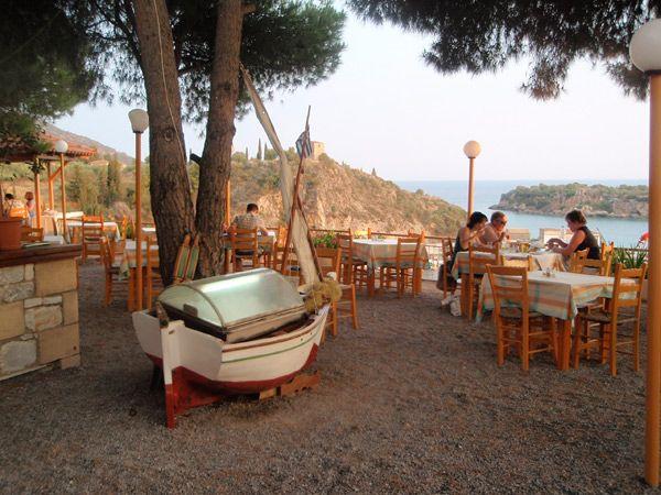 Dioskouri Taverna in Kardamili