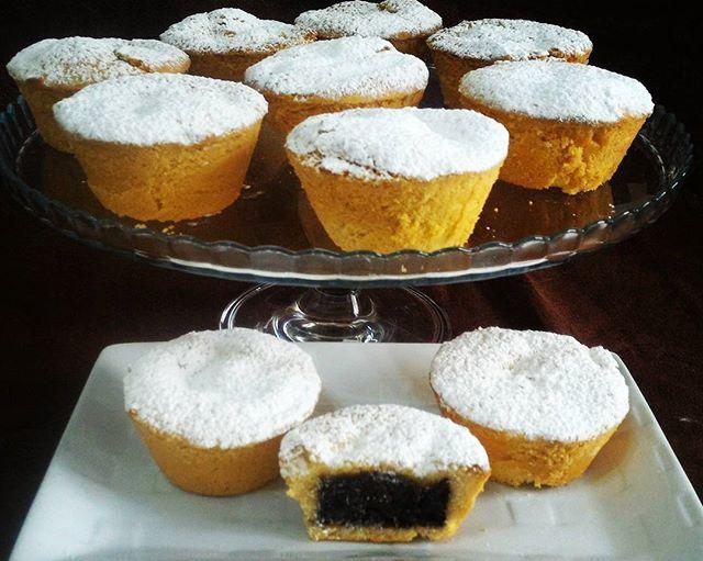 WEBSTA @ tuttiatavoladadaniela - Tanti BOCCONOTTI per festeggiare il compleanno di mio figlio. Non la solita torta ma DOLCE MATTONE e BOCCONOTTI #bocconitti #top_art_food #igers #dolcesalatozerozero @dolcesalatozerozero #porcellanze @porcellanze @don_in_cucina #don_in_cucina #_food_repost @_ucooki @_mapy_lesuericette #unamore_dicucina #_ucooki #love #compleanno