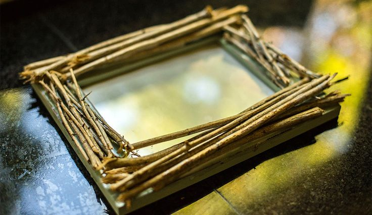 DIY Rustic Twig Frame, DIY Rustic Decorations, crafts with branches, DIY ideas, rustic wooden picture frames, make your own picture frame, kendi cerceveni kendin yap, el isi projesi,