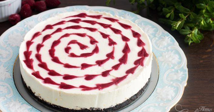 Ak vaši miláčikovia patria medzi milovníkov cukroviniek, pripravte im napríklad nepečený čokoládovo-malinový cheesecake. Recept ako postupovať, torta, koláč