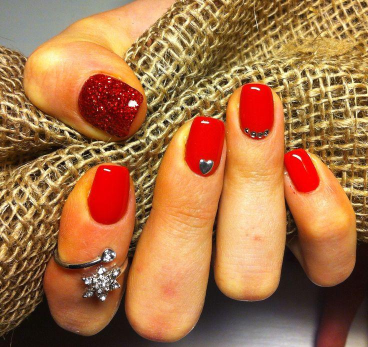 Ricostruzione unghie gel rosse