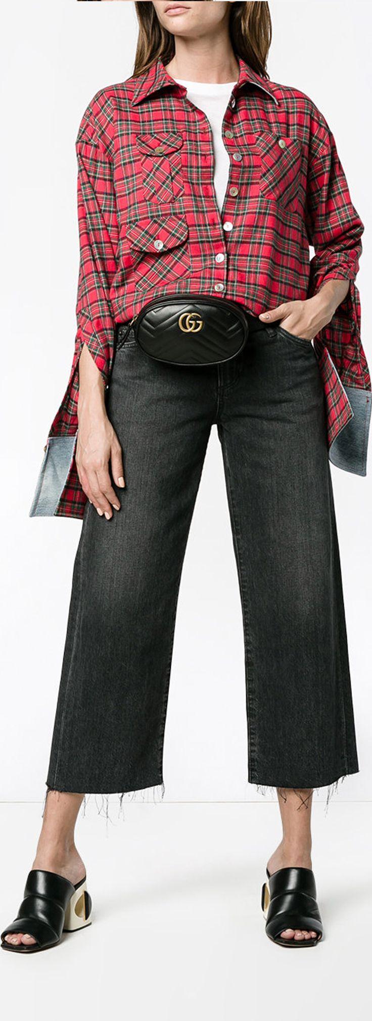 SIMON MILLER  Cropped Jeans with Distressed Hem, explore new season Simon Miller on Farfetch now.
