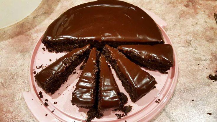 Healthy Chocolate Mud Cake