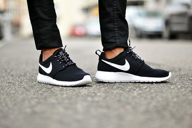 Nike Roche Runs