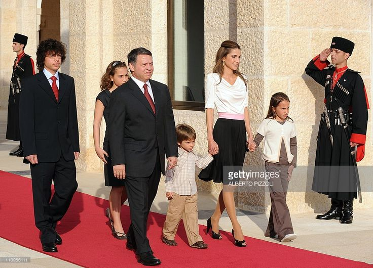 Jordan's King Abdullah II and Queen Rania arrive with their children Prince Hussein (L), Princess Iman (back), Prince Hasehm (front C) and Princess Salma (R), to welcome Pople Benedict XVI upon his arrival at the royal palace in Amman on May 8, 2009. Pope Benedict XVI underlined his 'deep respect' for Islam in Jordan, on his first trip as pontiff to an Arab state, and stressed that religious freedom is a fundamental human right.