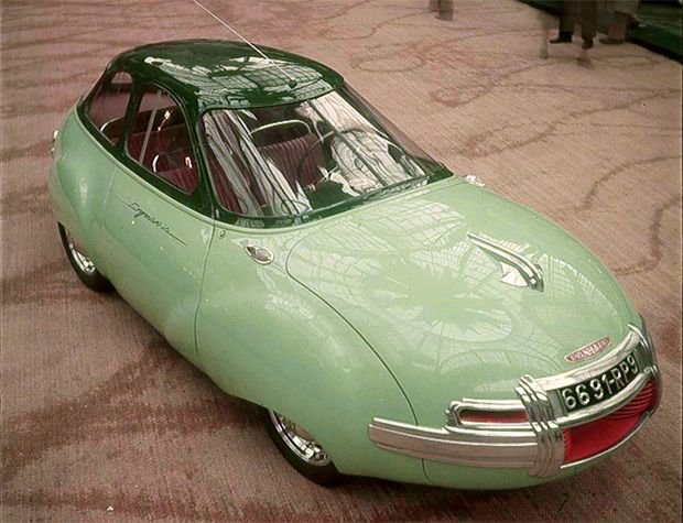 Panhard et Levassor Dynavia concept car (1946) with dramatically aerodynamic droplet bodywork reflecting aviation styling delivering fuel consumption of less than 3.5 litres per 100 km (67.2 mpg). A powerful central spotlight replaced headlights supplemented by experimental dipped beam lights.