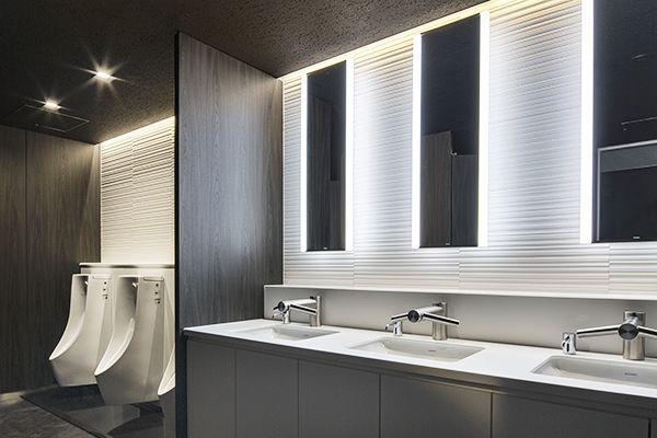 Pin By John Lin On Restroom Hotel Bathroom Design Restroom Design Toilet Design