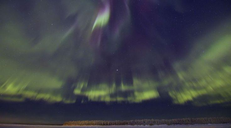 Auroras boreales desde los Territorios del Noroeste, Canadá   El Universo Hoy