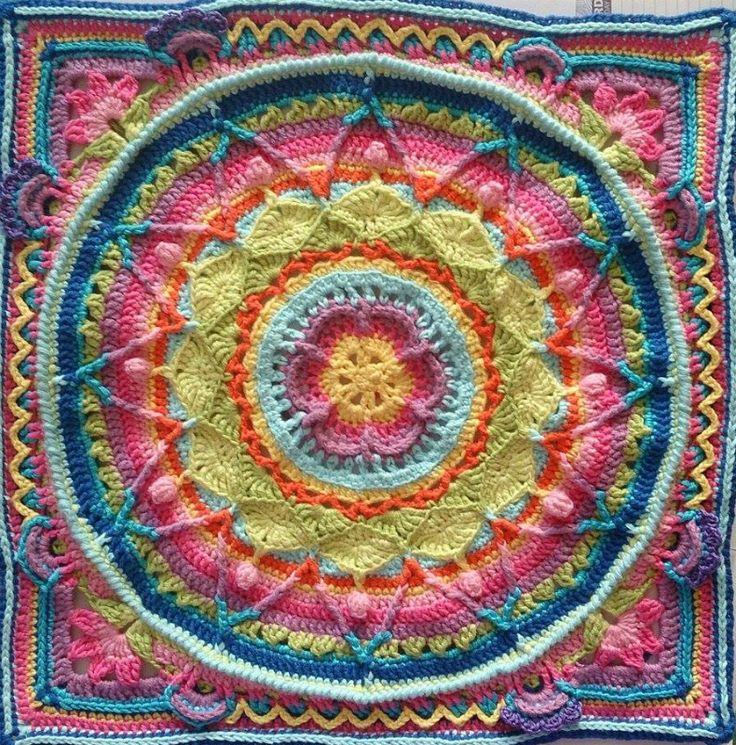 Sophie's Garden French Translation (Crochet Pattern) ✿⊱╮Teresa Restegui http://www.pinterest.com/teretegui/✿⊱╮