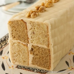 Battenburg Cake - June's Daring Bakers Challenge! A traditional British Battenburg Cake with coffee and walnuts.