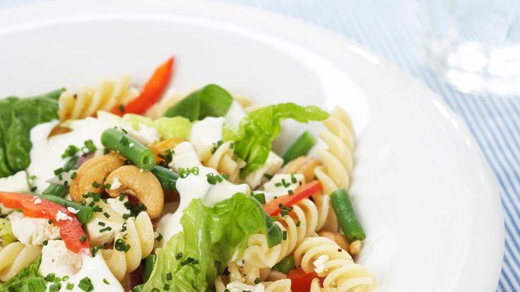 Oppskrift på lun pastasalat