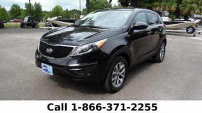 This 2015 Kia Sportage Is Beauty On Wheels. Only 40,079 Miles. For An Unforgettably Pleasing Experience, Visit Santa Fe Ford At 16330 NW US Hwy 441, Alachua, FL 32615. Please Call With Any Questions At 866-371-2255. Visit Santa Fe Ford Today. Truly a pleasure to drive this safe 2015 Kia Sportage. This 2015 Kia Sportage Vehicle Trim: LX - 4dr SUV. All Wheel Drive Car Powered By A 182HP, 6000 RPM Torque (177 Ft Lbs, 4000 RPM) 16 Variable