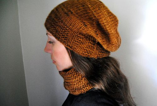 H U L L - Hat design by Lisa Mutch -   Made to match the Husk cowl, Hull is a quick, simple and satisfying knit. Choose your size, and either beanie or slouchy and this hat will knit up in no time at all, just in time for the cold weather. http://www.ravelry.com/patterns/library/hull-2
