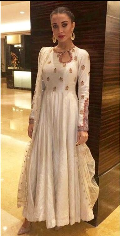 Amy Jackson in classic white Anarkali.