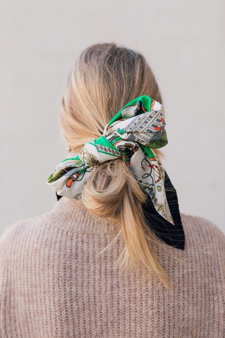 Methods to tie a classy Hermes scarf bow in your hair // silk scarf hair inspiration /…