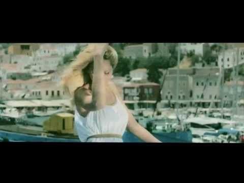 Αγγελική Νιάρχου - Με αγάπη σε εκδικούμαι | Official Video Clip