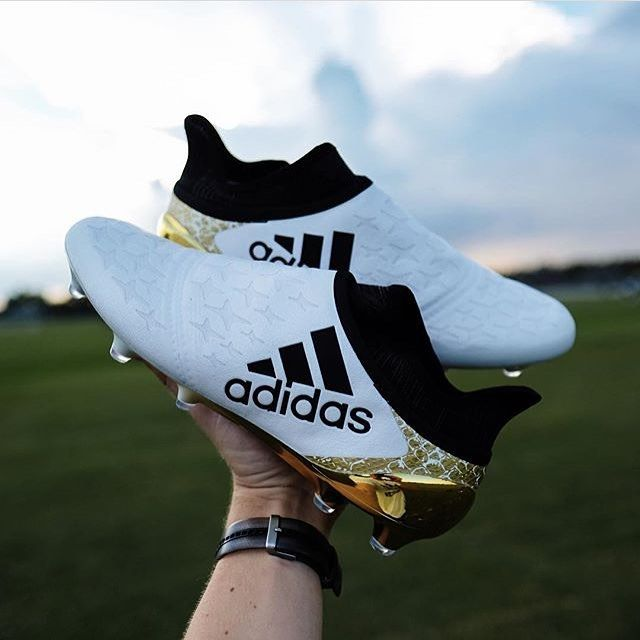 Adidas Stellar pack #X16 + Purechaos! From @shoot_and_thrill #vamesuhype #stellarpack #purechaos #adidasfootball