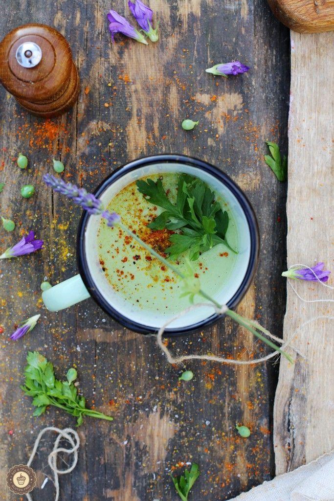 Gluten-free creamy pea soup