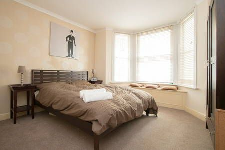 Check out this awesome listing on Airbnb: Fantastic Chelsea 2BD garden flat - Apartments for Rent