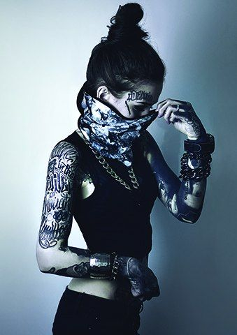 #Monami #Frost Ela não precisa nem de legenda, foca na imagem ❤  #TeuCrush @MeeErree  | #Garota #Tatuada | #Arms #Legs #Beauty #Tattooed #Cute #Pretty #Girl #Tumblr #Tattoo #Inked #Ink #Tatuagens