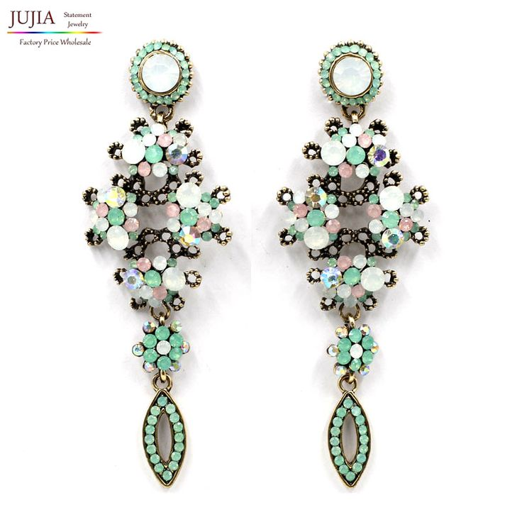 2017 New good quality statement  long big fashion crystal Earrings for women girl party earring Factory Price earring wholesale