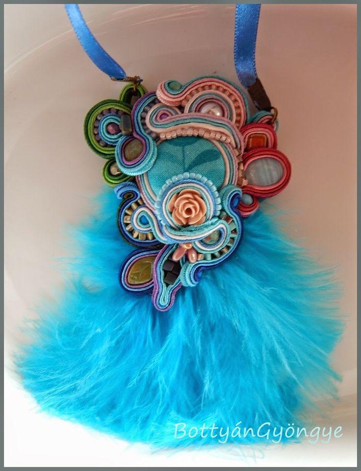 Színes aszimmetrikus sujtás medál - kék - Colorful asymmetrical soutache with pendant - blue