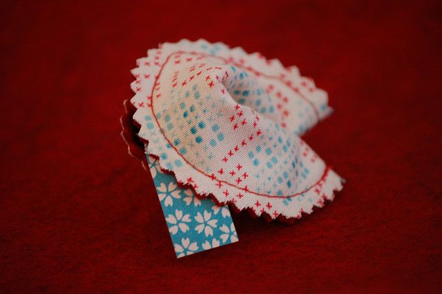 Fabric Fortune Cookie Tutorial by Lady Harvatine, via Flickr