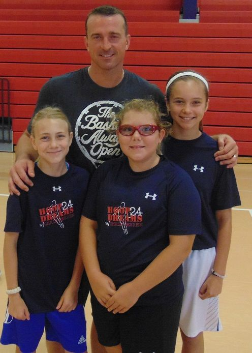 """2017 """"Reaching The Dream"""" SUMMER BASKETBALL CAMP  1 WEEK ONLY: July 17th-21st    Designed to help players reach their basketball dreams and achieve the next level of play, this summer Chris Herren will offer one session of camp"""