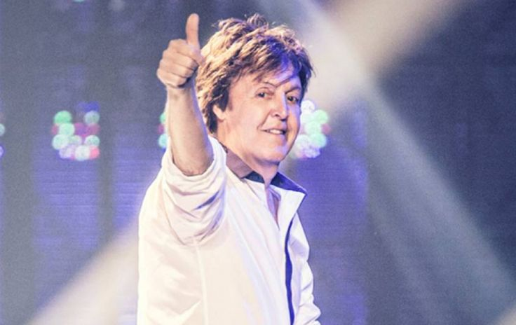 PAUL ON THE RUN: Paul McCartney : A Year In The Life…