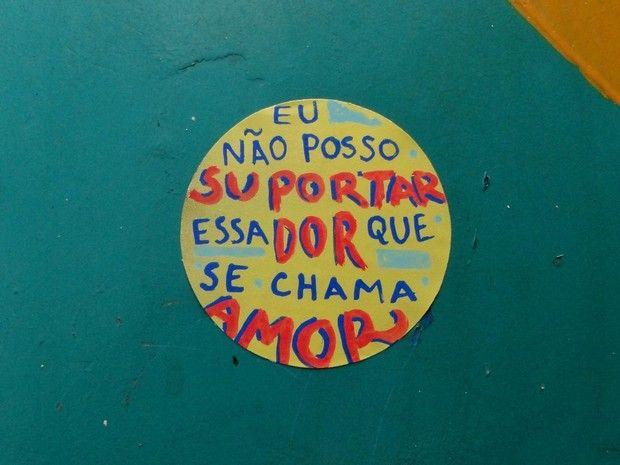 Pagode romantico do SPC em orelhão de Vitória (Foto:  Rayza Mucunã/Projeto Pagode)