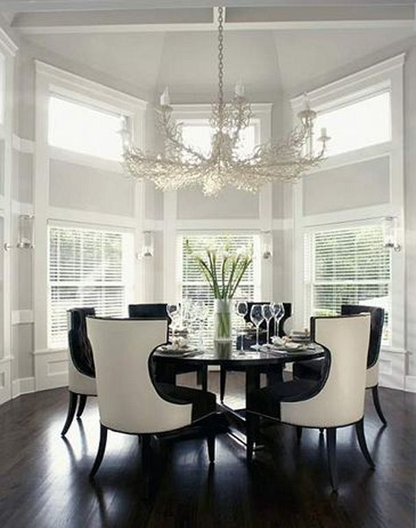 Formal Dining Room Round Table 32