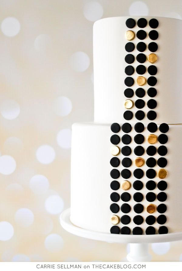 Black and white with gold | Carrie Sellman on TheCakeBlog.com