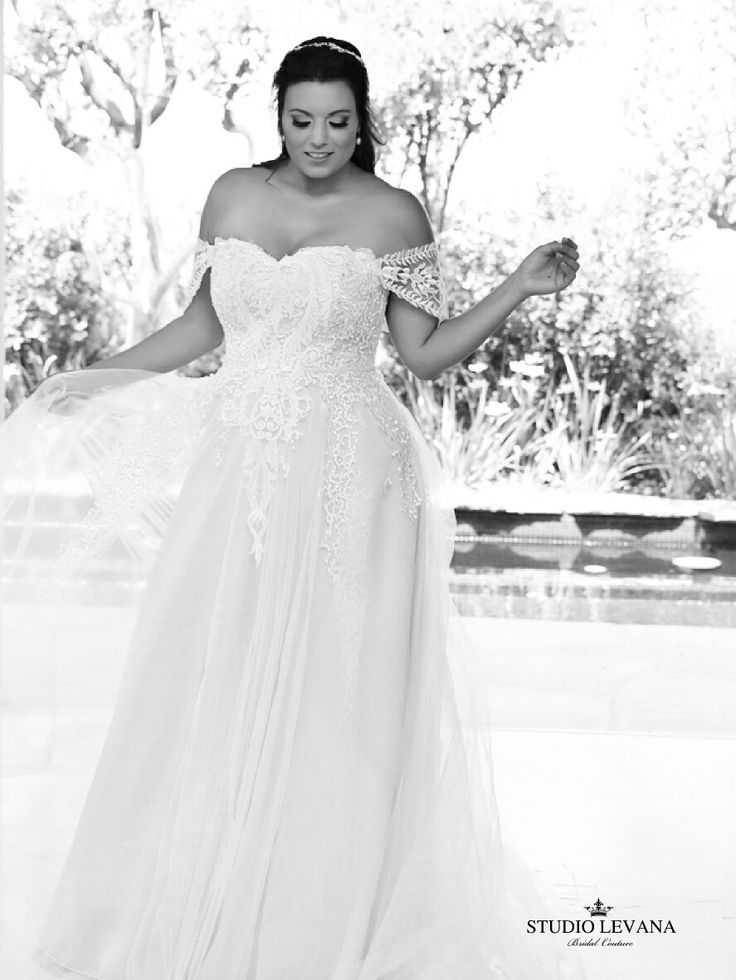 Curvy bride can be a princess in a plus size bridal gown from #studiolevana .