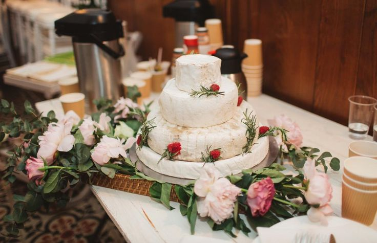Cake of Cheese #RealWedding #BijouRealWedding #ChateauduBijou #ProvenceWedding #WeddinginFrance #BijouWeddingVenue