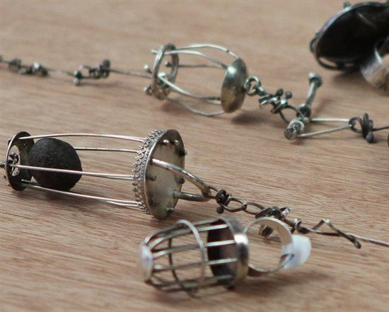 5 Secrets for Creating Artistic Wire Jewelry from Susan Lenart Kazmer's Wire Cages Video - Jewelry Making Daily