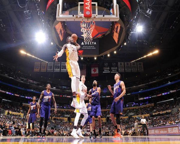 LA Lakers News: Top 3 Players Who Need To Up Their Game - http://www.morningledger.com/la-lakers-news-top-3-players-who-need-to-up-their-game/13121834/