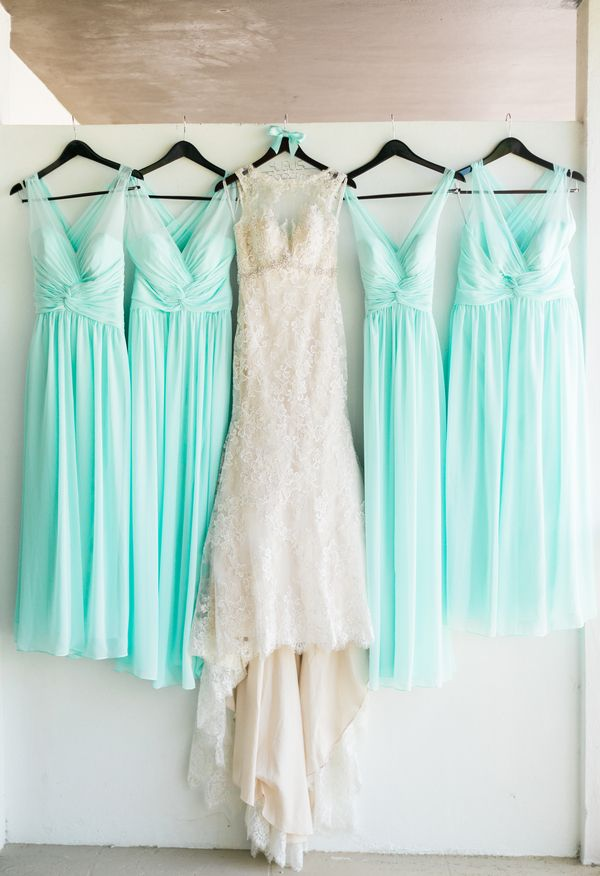 Aqua chiffon, V-neck, breezy beauties // Care Studios