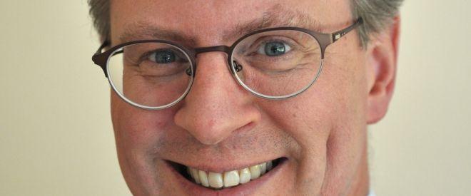Peter Enkel stellt sein Erfolgs-Konzept vor Als Pionier in Sachen Multi-Restaurant-Lieferservice hat sich der à la carte Kurier in Köln spezialisiert auf die Belieferung von 10-50 Personen mit Speisen aus den Küchen dieser Welt.