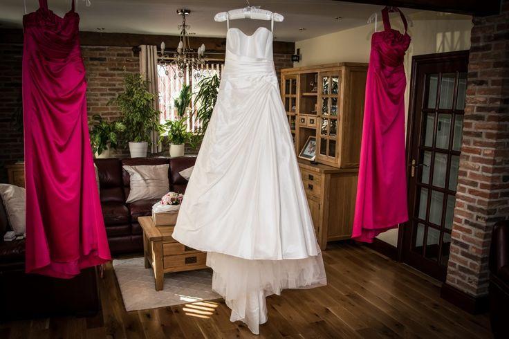 explore second hand wedding dresses