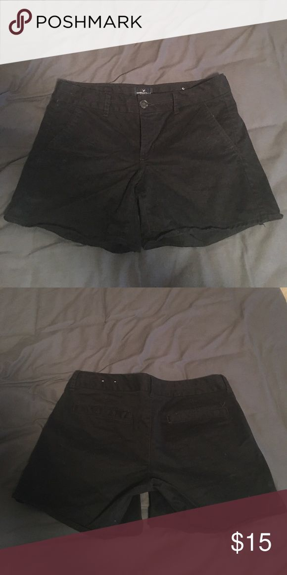 American Eagle Black Khaki Shorts Black Khaki American Eagle Stretch shorts. Size 8. Mid length. In perfect shape, just a little wrinkly from being in a drawer. Only worn a few times. American Eagle Outfitters Shorts