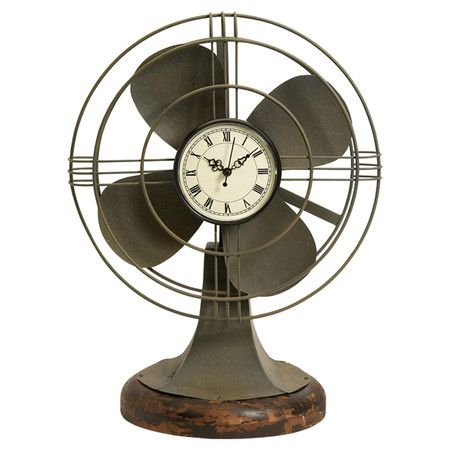You should see this Thatcher Vintage Fan Clock in Green on Daily Sales!   Love this!  I bet dd would want it for her dorm room!