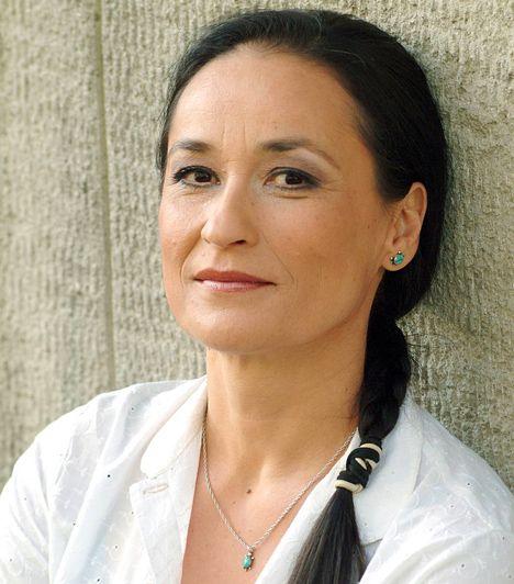 Gyönyörű magyar színésznők 50 fölött | Ráckevei Anna