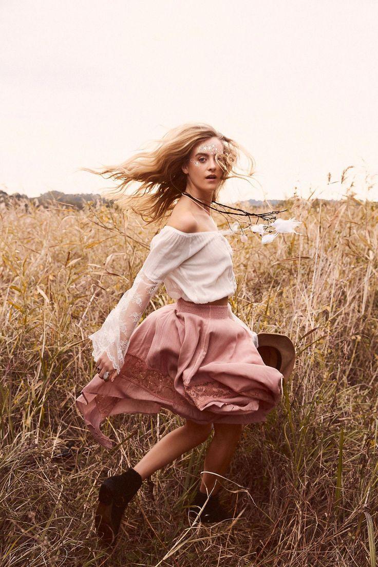 Baum des Lebens | Kampagne 2016 | Rosenquarz | Bohemian Fashion #fashionphotographyeditorial Elizabeth Watson – #fotografieideen #fotografieideenfraue…