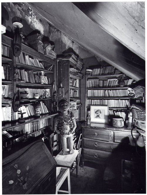 View of Guillaume Apollinaire's library in Paris, 1954.